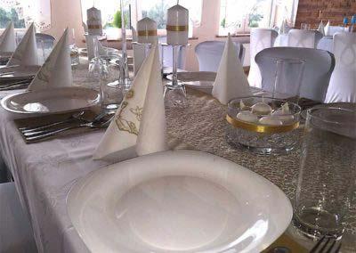restauracja-wega-wystroj-zolty-sali-na-komunie2