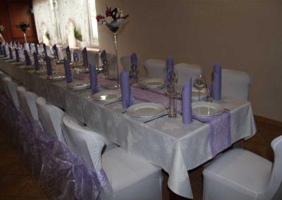 Liliowy wystrój sali w Orzeszu na imprezę okolicznościową2